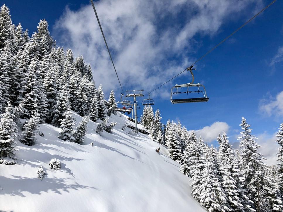 Objevte lyžařské ráje na západ od českých hranic