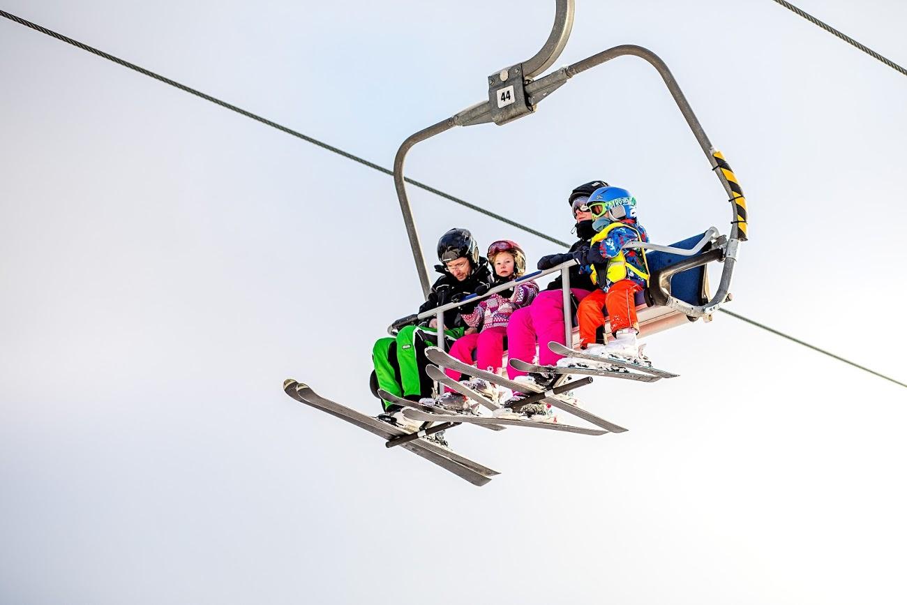 Skiareál Lipno ukončí sezónu tento pátek 13. března